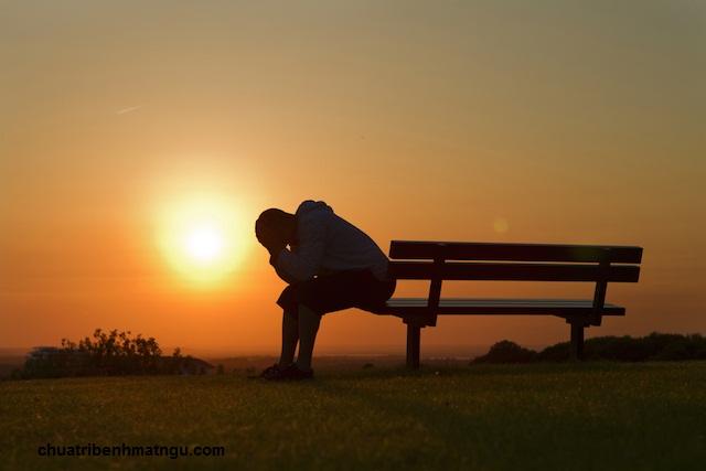 Lo âu là một triệu chứng bệnh suy nhược thần kinh