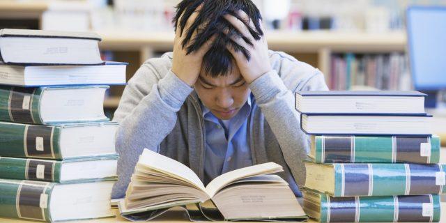 Áp lực trong học tập gây mất ngủ