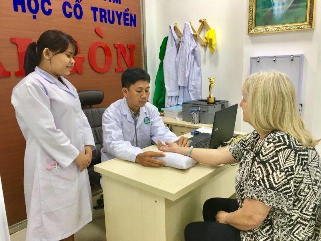 Bác sỹ Ngô Duy MInh chữa bệnh suy nhược cơ thể
