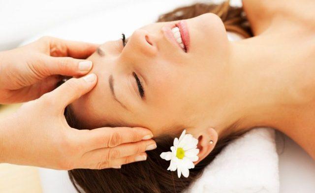 Massage da đầu trị nhức đầu