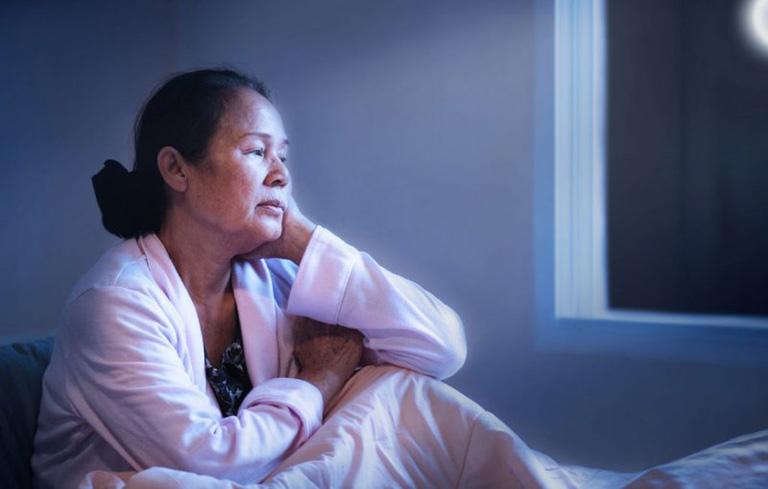 Hình ảnh người bệnh bị mất ngủ mãn tính