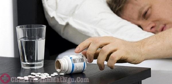 Dùng thuốc tây chữa mất ngủ