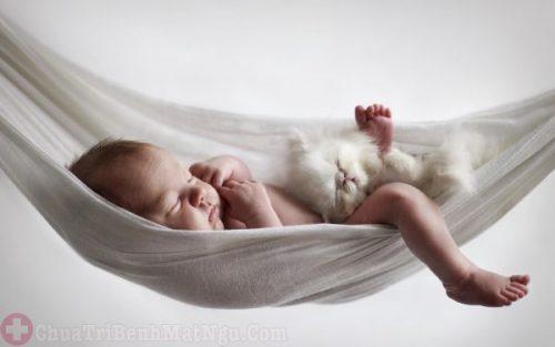 Thay đổi chỗ ngủ của trẻ một cách đột ngột