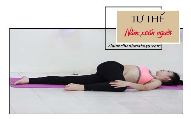 trị mất ngủ bằng yoga