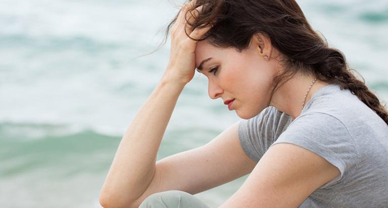 Mất ngủ, tự cô lập bản thân là những triệu chứng điển hình của bệnh